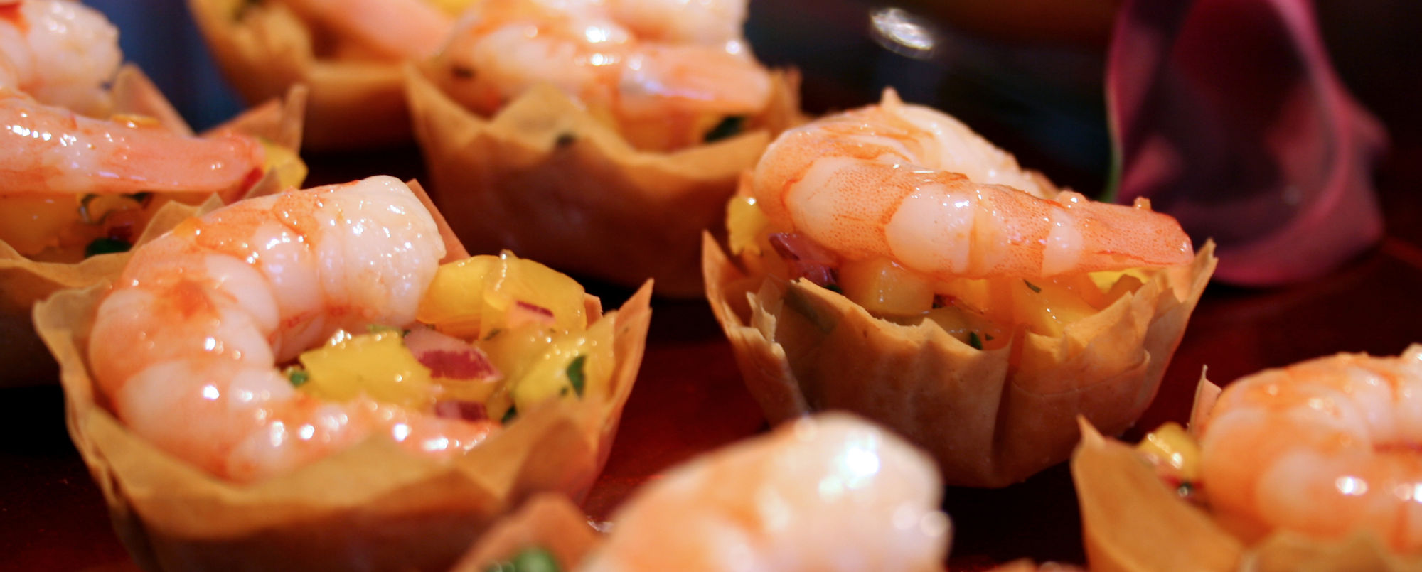 Amazing canapes for parties events corporate or private for Canape reception